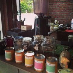 Photo taken at Boy's Organic Coffee Shop by Marina S. on 2/10/2013