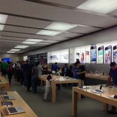 Photo taken at Apple Store, Pheasant Lane by Josh F. on 10/8/2012