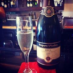 Photo taken at Cuvee Champaigne & Wine Bar by Vino Las Vegas on 7/14/2014