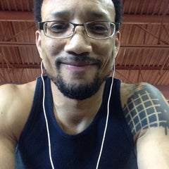 Photo taken at 24 Hour Fitness by DaRonn W. on 6/16/2015