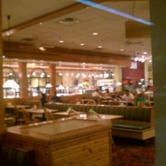 Photo taken at Sweet Tomatoes by Peter B. on 9/15/2012