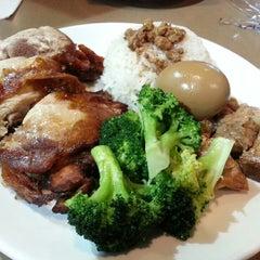 Photo taken at Ocha Tea Café & Restaurant by timAfli on 7/24/2013