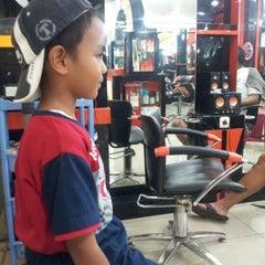 Photo taken at Yopie Salon by Ai S. on 11/17/2012