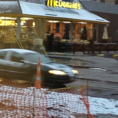 Photo taken at McDonald's by 💍Sandra B. on 1/15/2013