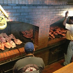 Photo taken at Dreamland Bar-B-Que Ribs by B L. on 1/23/2013