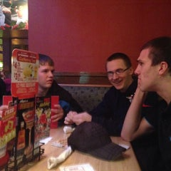 Photo taken at Applebee's by Eric G. on 11/30/2013