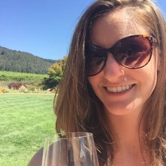 Photo taken at St. Francis Winery & Vineyards by Renee K. on 9/4/2015