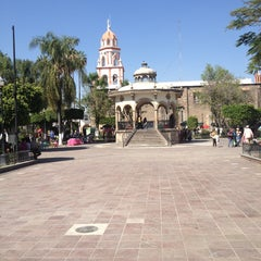 Photo taken at San Pedro Tlaquepaque by Arlette on 2/3/2013