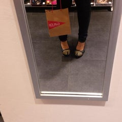 Photo taken at Payless ShoeSource by Arrayna F. on 8/20/2013