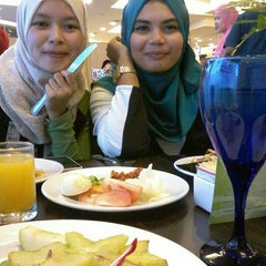 Photo taken at The Puteri Pacific Hotel by Fariz C. on 7/9/2015