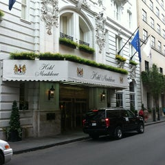Photo taken at Hotel Monteleone by Bar Exchange on 8/12/2013