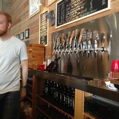Photo taken at SingleCut Beersmiths by @AstoriaHaiku on 5/10/2013