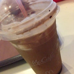 Photo taken at McDonald's by Janine G. on 9/7/2015