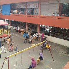 Photo taken at Pasar Besar Dungun by Sarah Sabri on 12/20/2015