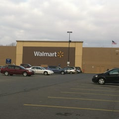 Photo taken at Walmart Supercenter by Emily W. on 1/15/2013