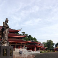 Photo taken at Sam Poo Kong Temple (Zheng He Temple) by Ponco S. on 3/1/2013