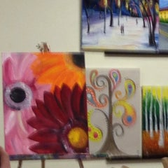 Photo taken at Painting With A Twist by Linda R. on 2/22/2014