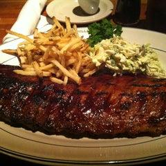 Photo taken at Hillstone Restaurant by Alfredo C. on 12/27/2012