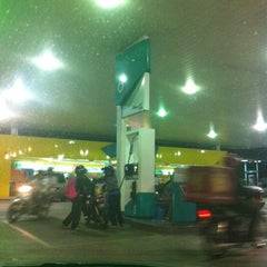 Photo taken at PETRONAS Station by Mohd Salehuddin M. on 9/16/2013