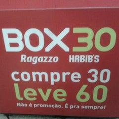 Photo taken at Box 30 Ragazzo Habib's by Jackeline S. on 7/4/2012