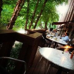 Photo taken at Sea Catch Restaurant & Raw Bar by Ogun H. on 6/22/2013