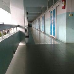 Photo taken at โรงเรียนสตรีสมุทรปราการ (Streesmutprakan School) by Gig A. on 6/17/2015