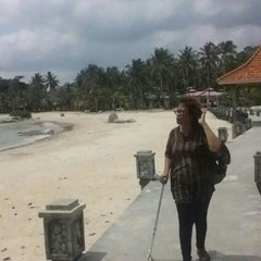 Photo taken at Parai Beach Resort & Spa by Leony Anatasia M. on 11/21/2015