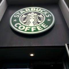 Photo taken at Starbucks by takesmall on 5/17/2013