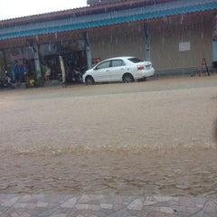 Photo taken at Floraville Resort Phuket by Kirill P. on 10/4/2013