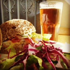 Photo taken at Montifiori Café (מונטיפיורי קפה) by Don V. on 4/12/2013