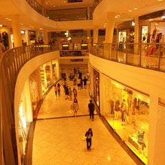 Photo taken at Glorietta by Joie S. on 6/29/2013