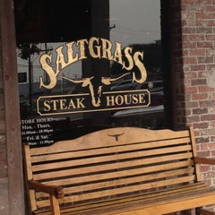 Photo taken at Saltgrass Steak House by Pepe d. on 12/9/2012