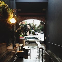 Photo taken at Intelligentsia Coffee & Tea by Jesse T. on 12/1/2012