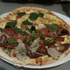 Photo taken at Patroni Pizza by Adriano G. on 12/27/2012