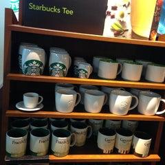 Photo taken at Starbucks by Alina P. on 8/17/2013