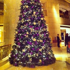 Photo taken at Grand Hyatt Beijing by Freeman on 12/23/2012