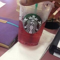Photo taken at Starbucks by Farah K. on 7/6/2013