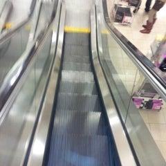 Photo taken at Macy's by Dnyce R. on 12/28/2012