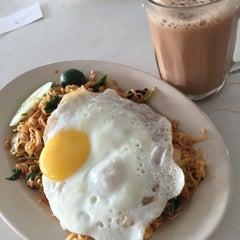 Photo taken at Restoran Impian Maju by Belle H. on 6/28/2015