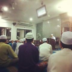 Photo taken at Surau An-Nur by Mohd Haaziq M. on 10/2/2012