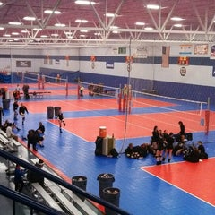 Photo taken at Great Lakes Volleyball Center by Ronnie M. on 10/25/2013