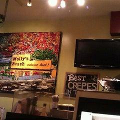 Photo taken at Trixi's Crepe & Coffeehaus by Hubert on 12/29/2012