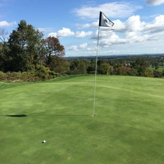 Photo taken at Stoneleigh Golf  & Country Club by Susan B. on 10/7/2015