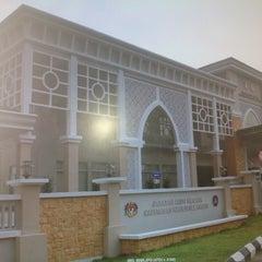 Photo taken at Jabatan Audit Negara Selangor by Jedy H. on 9/21/2013