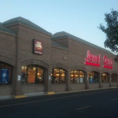 Photo taken at Jewel-Osco by JD on 10/11/2012