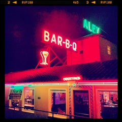 Photo taken at Alex Bar-B-Q by Fabrizio on 10/20/2013