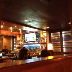 Photo taken at Outback Steakhouse by alvaro g. on 9/30/2012