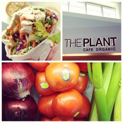 Photo taken at The Plant Cafe Organic by Max M. on 1/27/2013