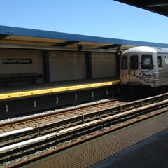 Photo taken at MTA Subway - Broad Channel (A/S) by Cari on 7/5/2013
