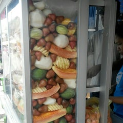 Photo taken at Rujak Es Krim - Lotis (Pasar Bantengan) by bRoto Joyo L. on 10/22/2014